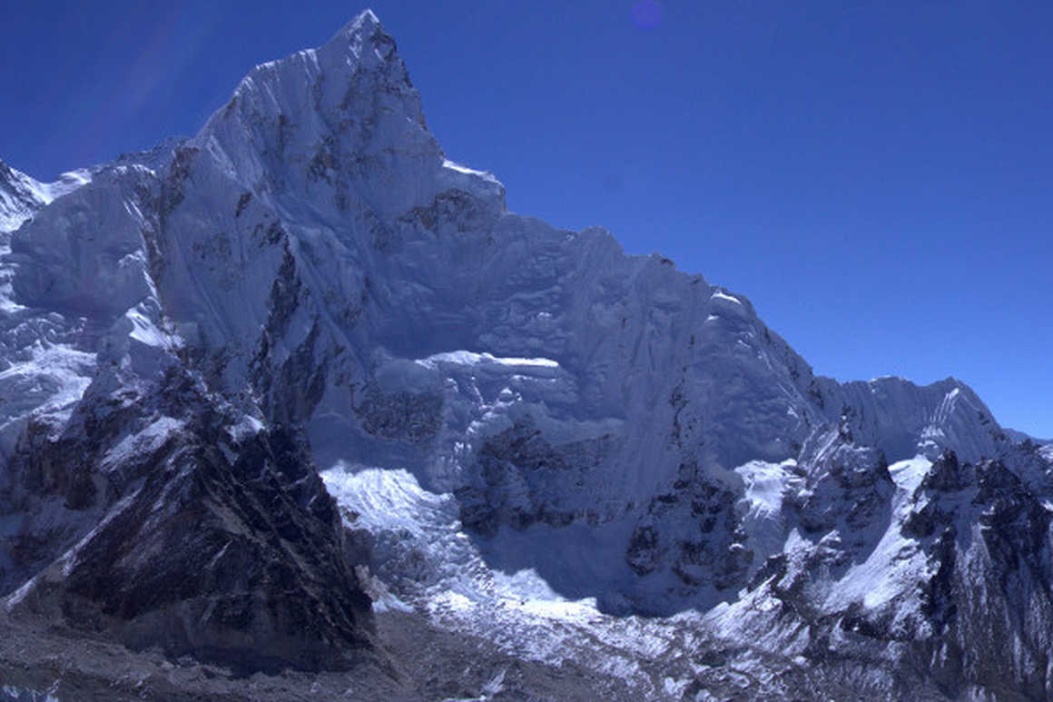 7-awesome-reasons-to-hike-the-everest-base-camp-trek-Kala
