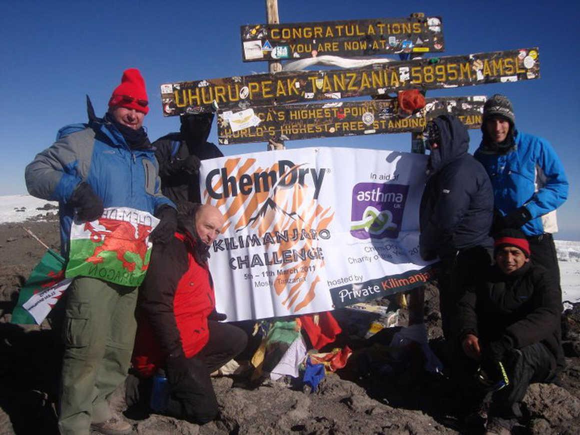 Chemdry Summit Auk banner