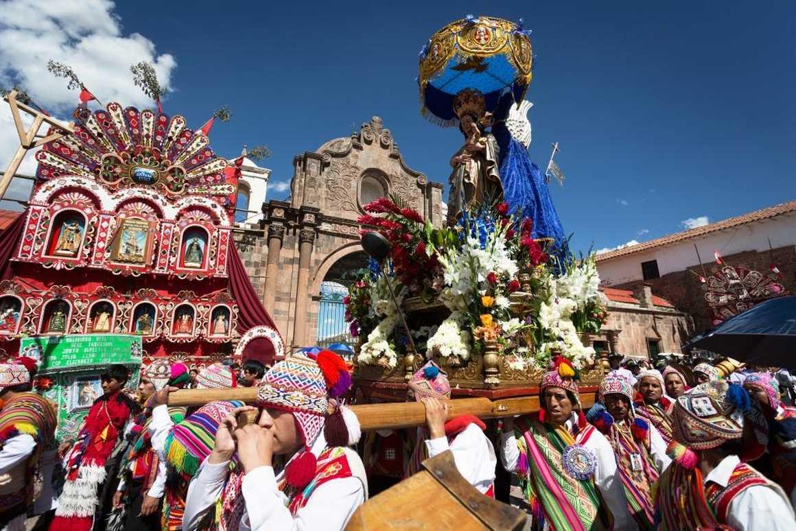 Cross festival in Peru