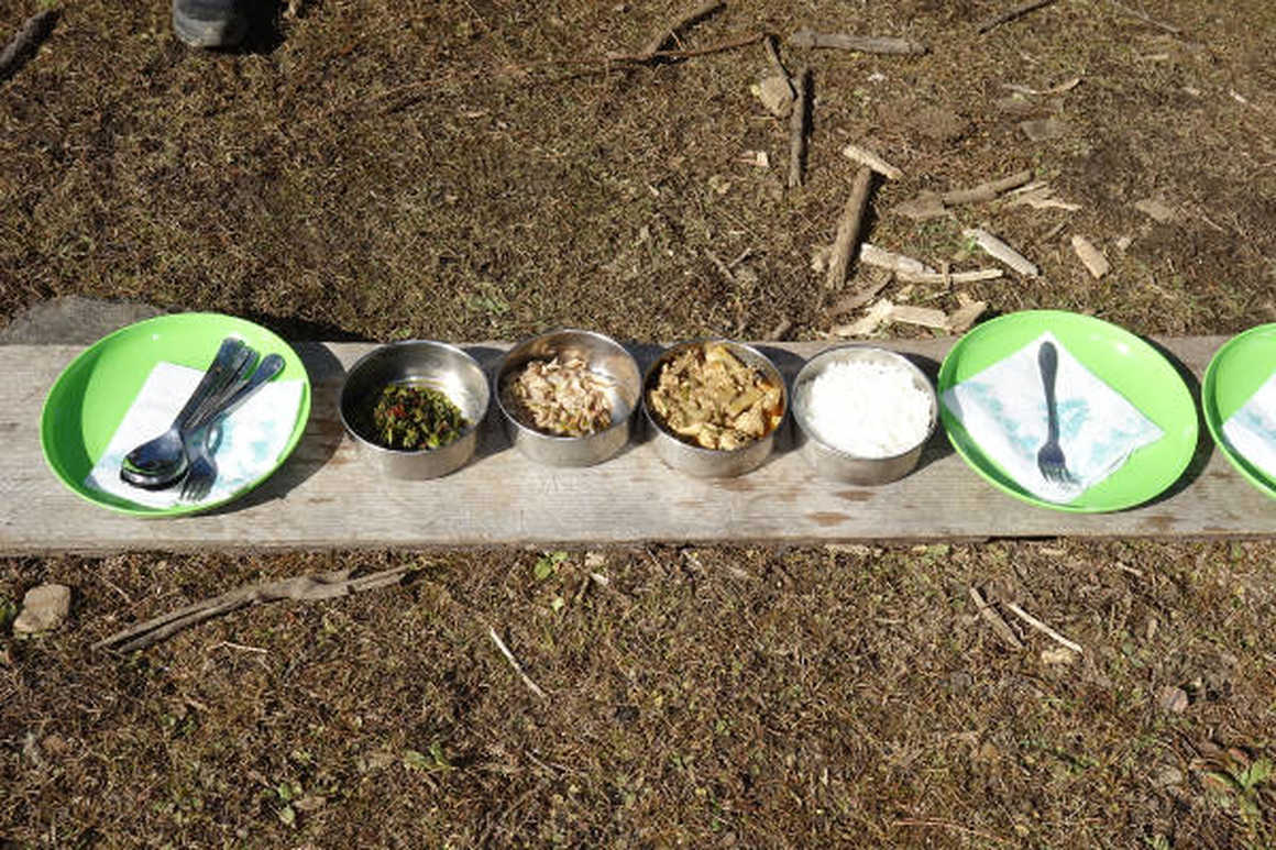 Druk Path trek food