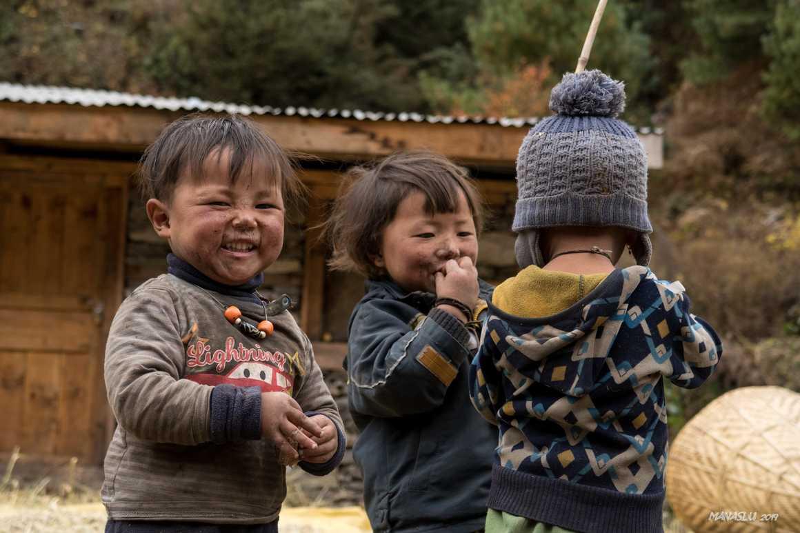 Local children during the Manaslu Circuit Trek