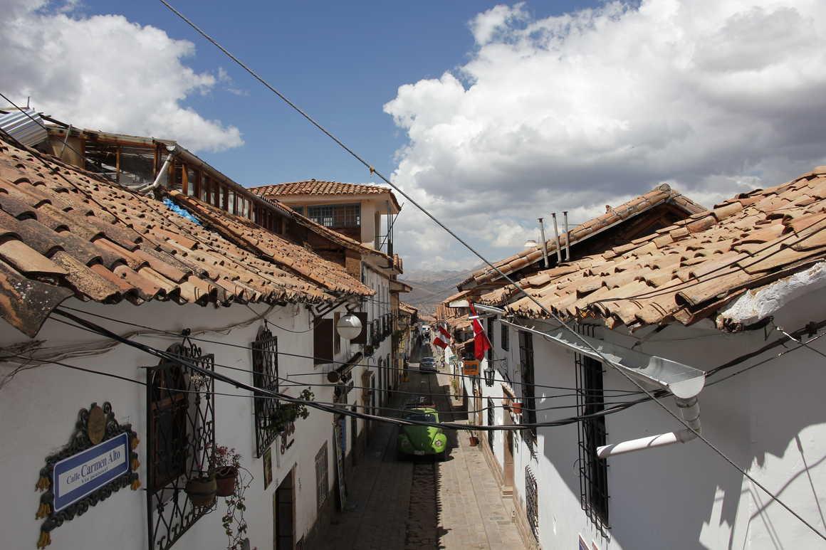 Narrow alleys of San Blas district in Cuzco