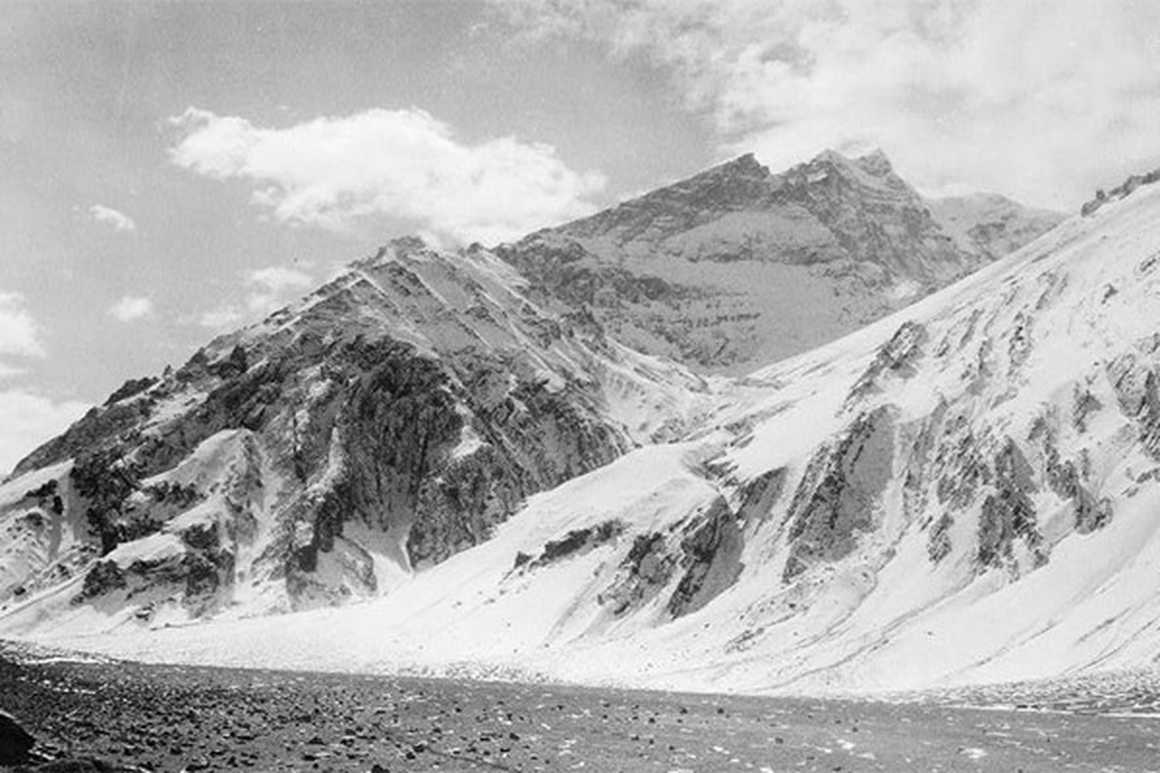 Old picture of Aconcagua