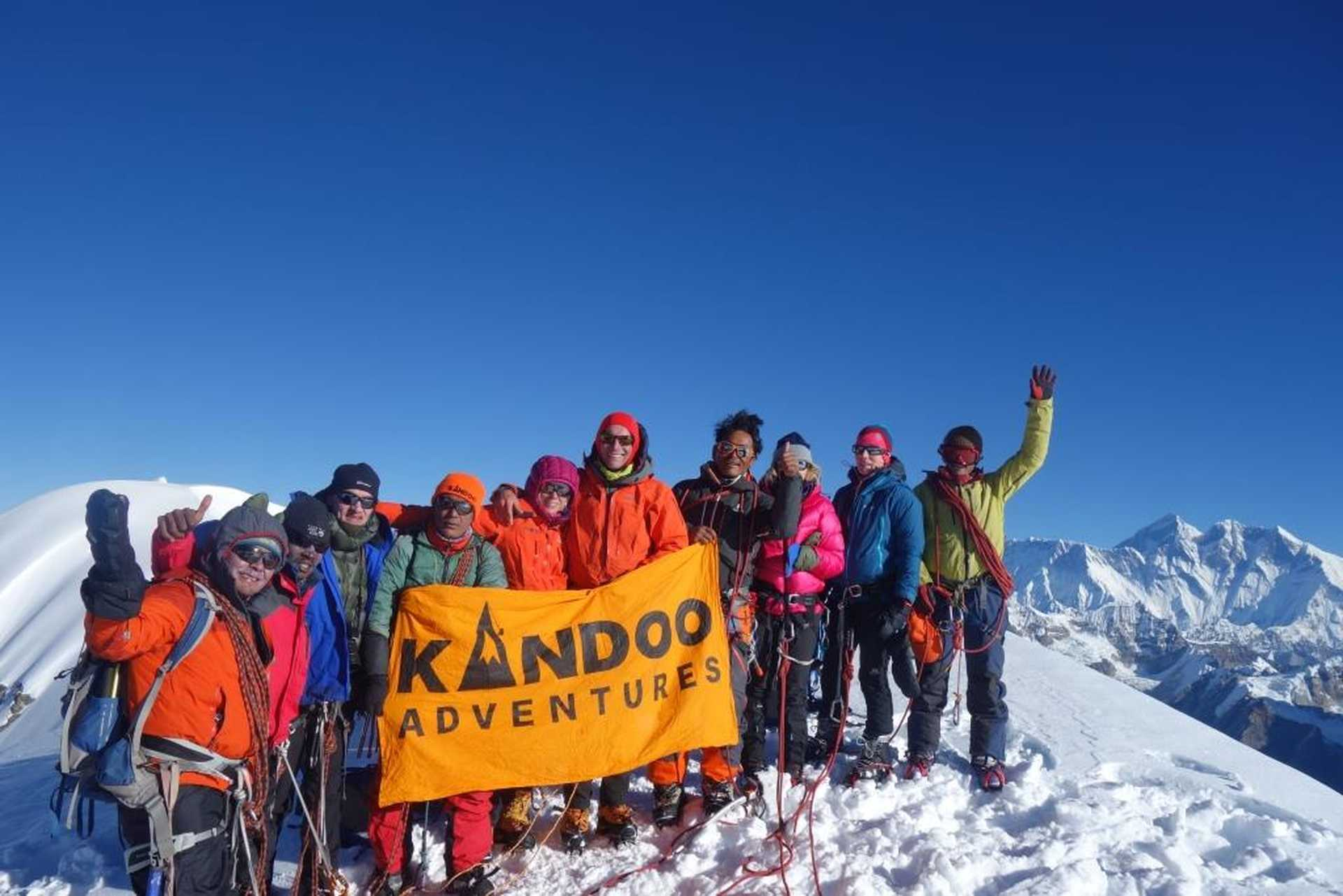 Kandoo group on Mera Peak summit