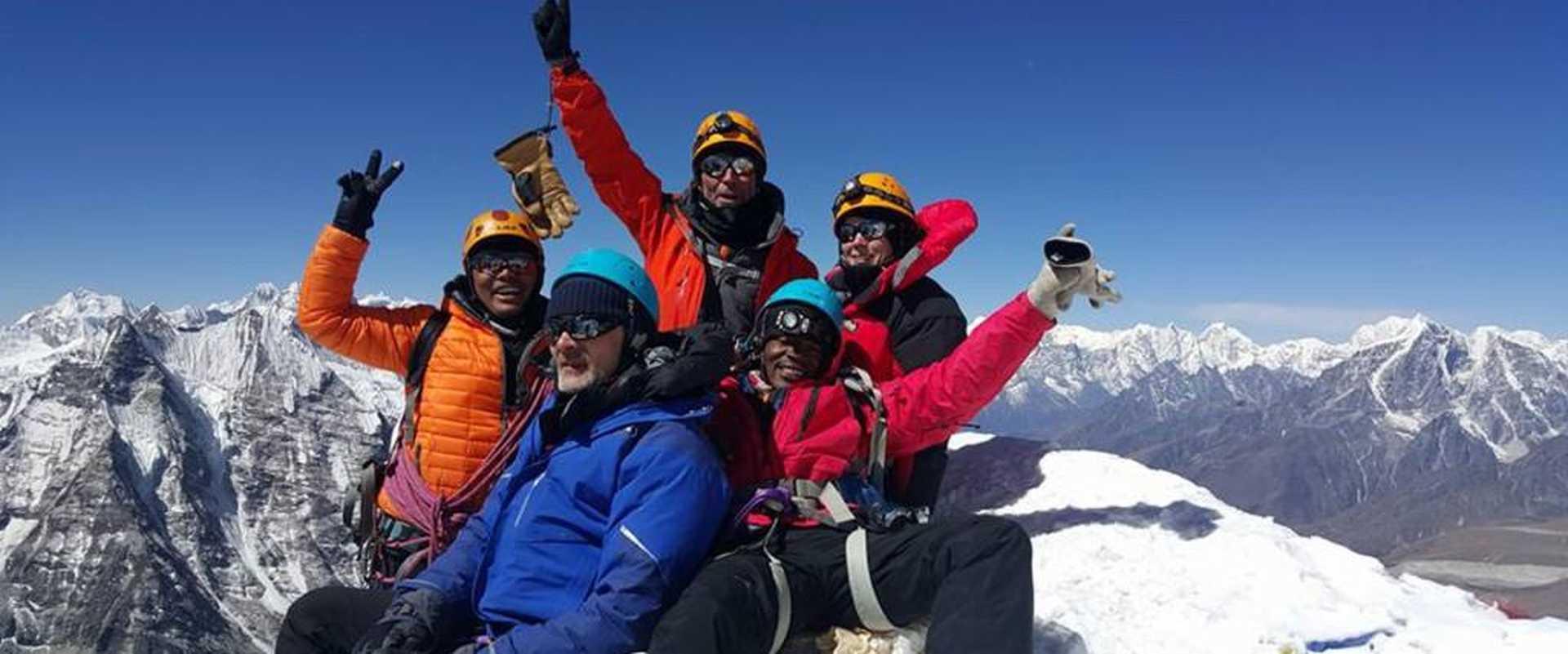 Kandoo Management Team Summit Island Peak