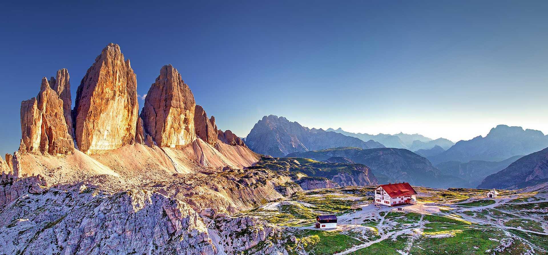 Locatelli refuge with Tre Cima di Lavaredo peaks behind