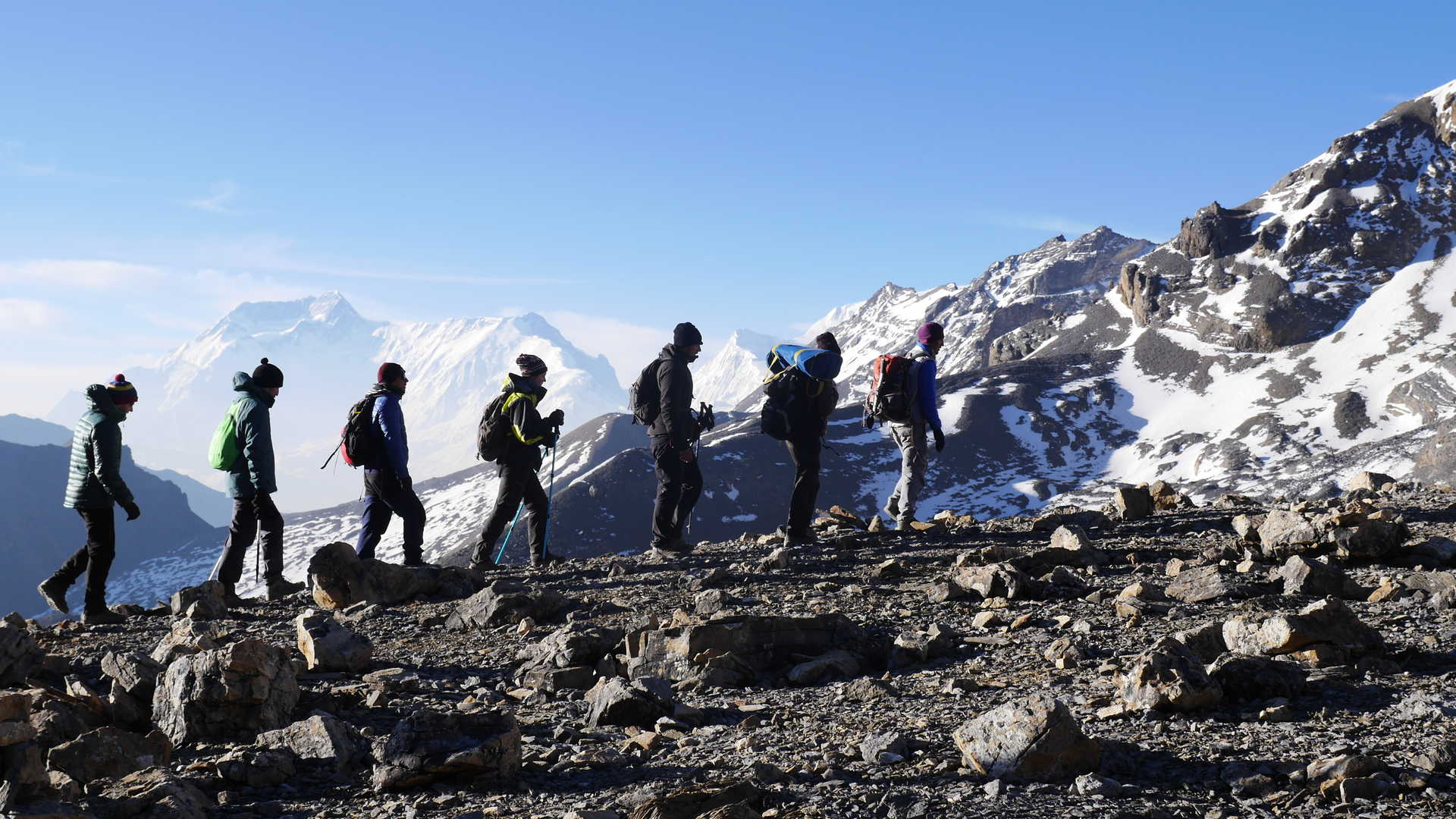 Trekkers on the Annapurnas Circuit