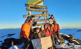 Kandoo guides and climbers on Uhuru peak