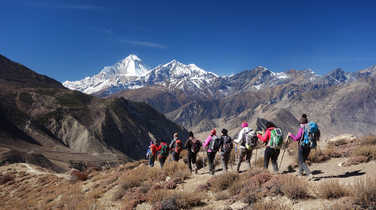 Hikers during the Annapurnas Tour
