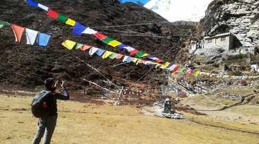 Picture break during the Manaslu Circuit Trek