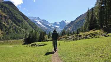 Trekking around Gran Paradiso