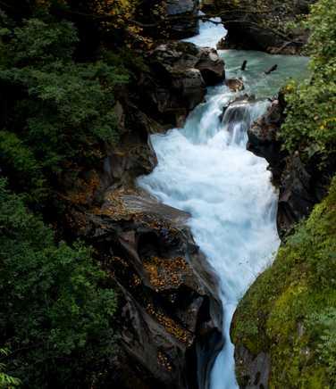 Waterfall at the beggining of the Manaslu Circuit Trek