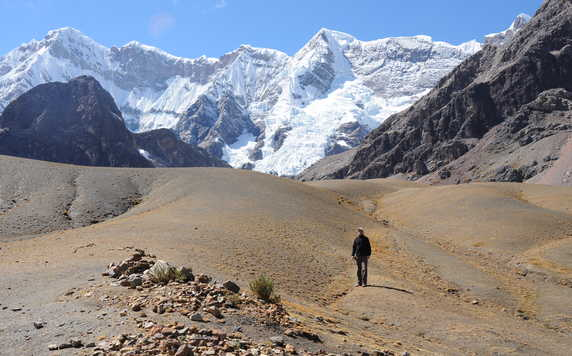Hiker during the Ausangate trek