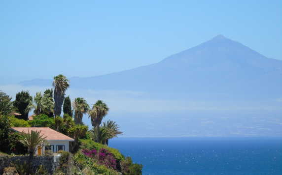 Mt Teide seen from La Gomera