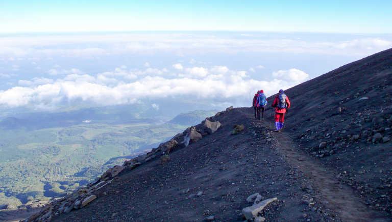 Trekkers on Mt Meru