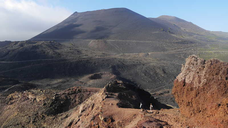 Hiking with a view on volcano Teneguia
