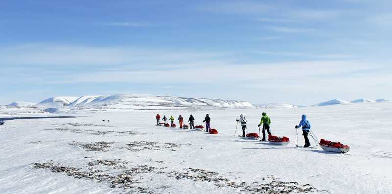 Raid on skis in Spitsbergen